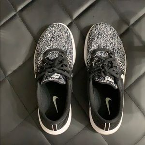 Black and white nike sneakers women